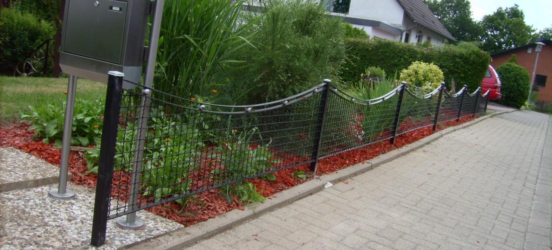 Eisen im garten metallformung gestaltung for Garten eisen gartendekorationen